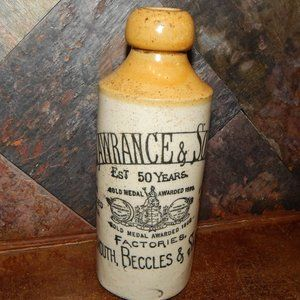 Rare 1910 Henry Lawrance & Sons Ginger Beer Bottle